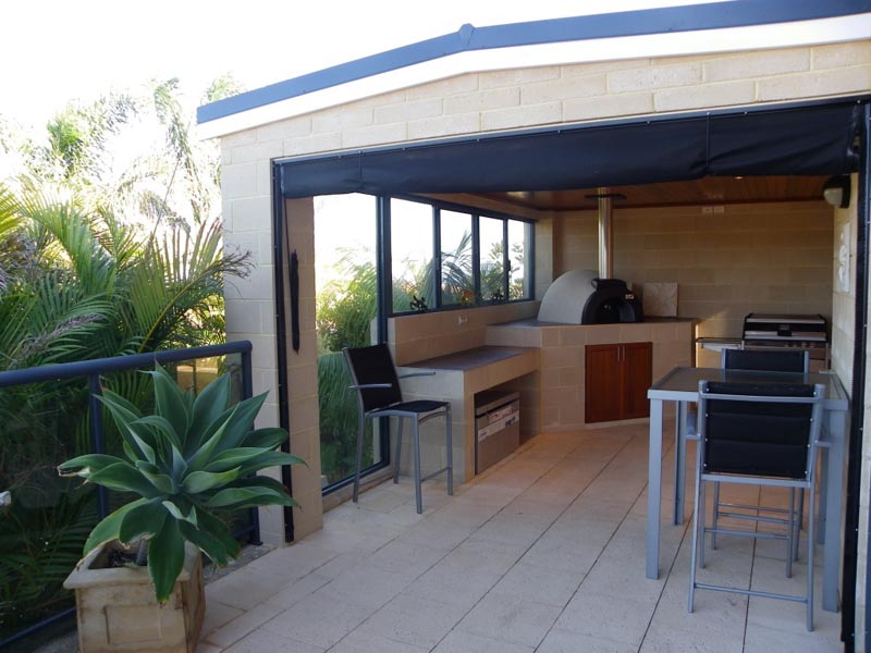 Installing a Kitchen in Your Alfresco Area
